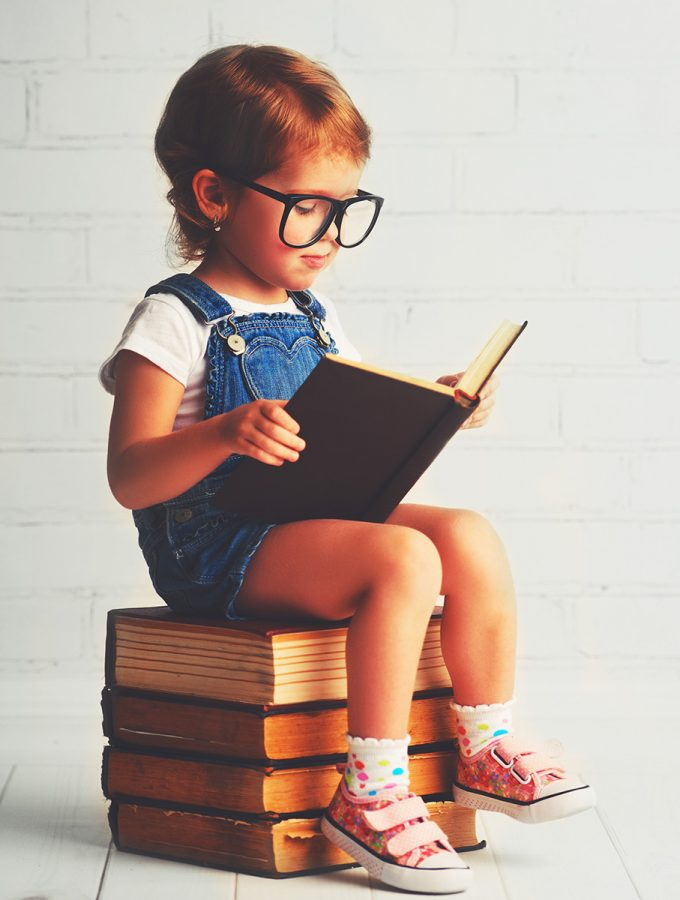 kid-on-books-learning-xx